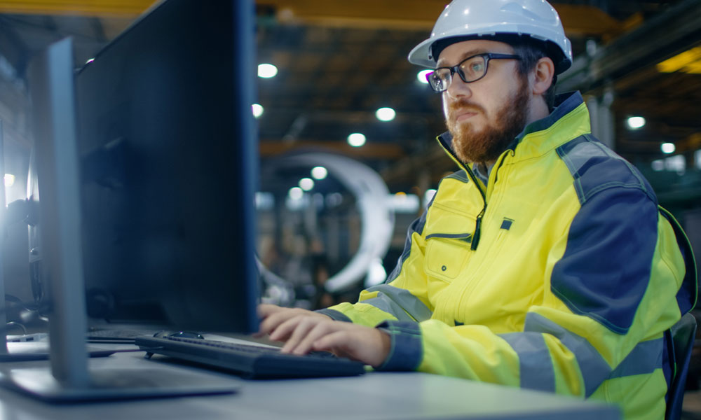 Accessible learning in hard-hat industry